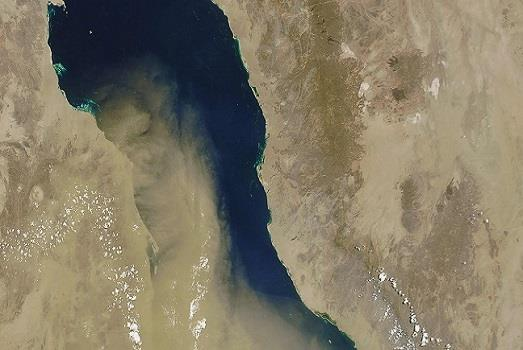 Modelling dust flow from Africa to Arabia